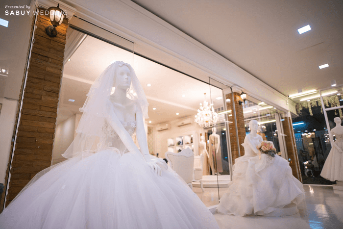 ชุดแต่งงาน Classical Modern ดีไซน์ตรงใจบ่าวสาว The Myrtle Wedding Studio